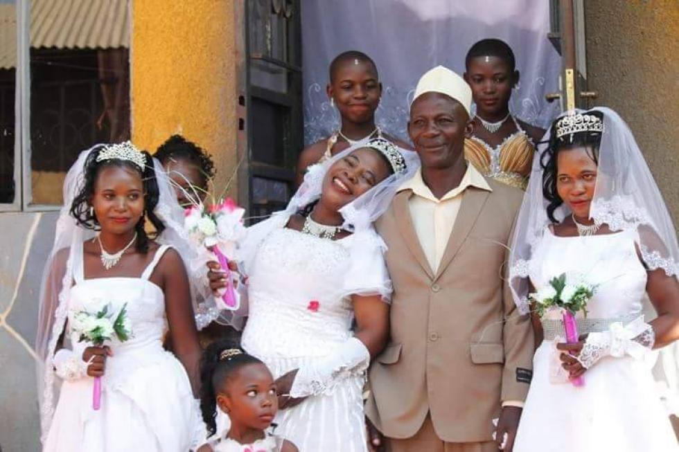randevúkat keres Nigériában tánc anyukák miami angyal és győztes társkereső
