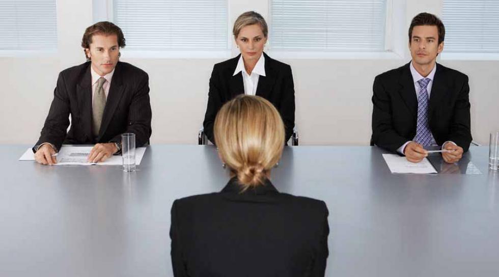 A munkahelyi flört – ahogy egy férfi és egy nő gondolja | deeksha.hu