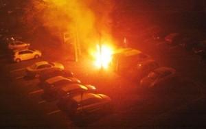 felrobbant egy autó