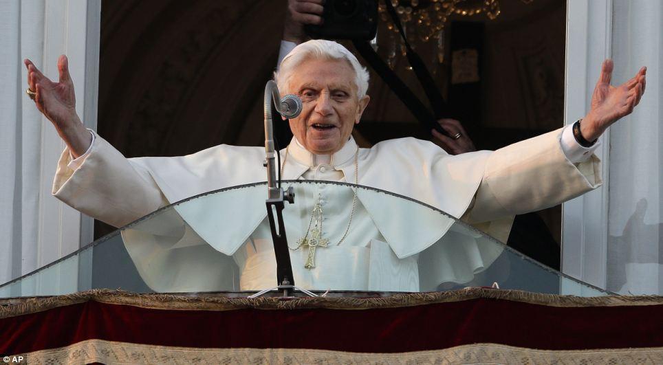 XVI. Benedek pápai tisztsége lejárt