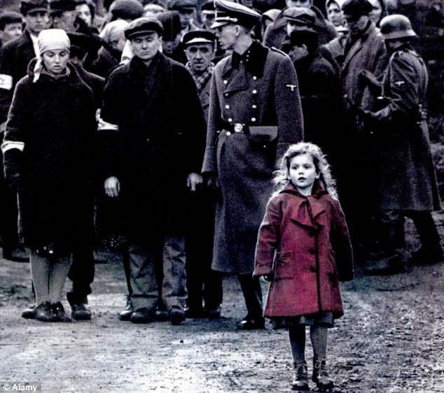 Trauma volt a piros kabátos kislánynak a Schindler listája 77536d4b51