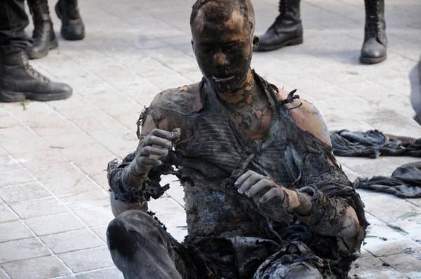 le-jeune-vendeur-tunisien-adel-khadri-qui-s-est-immole-par-l_1042833