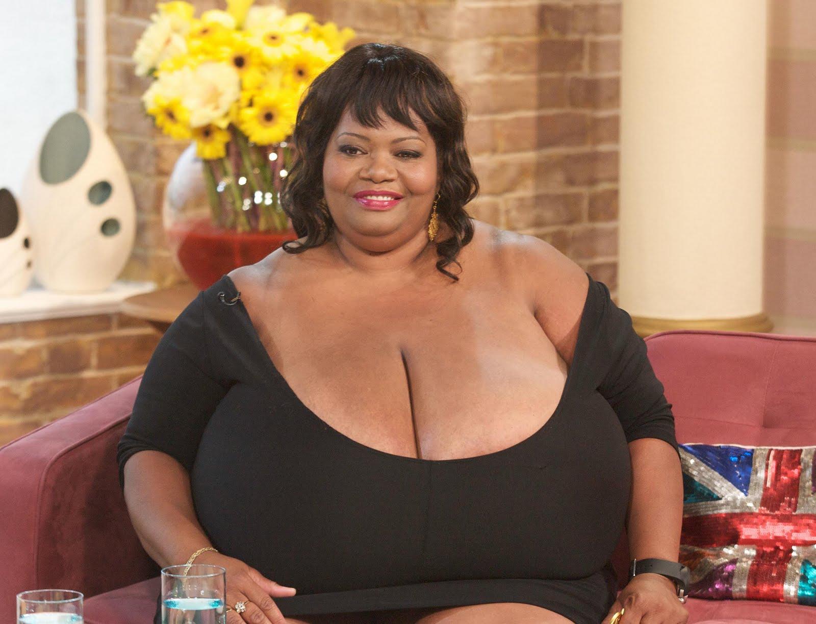 Самая большая грудь в мире бесплатно 2 фотография