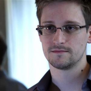 Edward-Snowden1-300x300