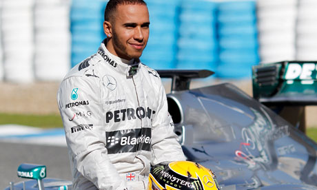 Lewis Hamilton claims pole in Mexican Grand Prix