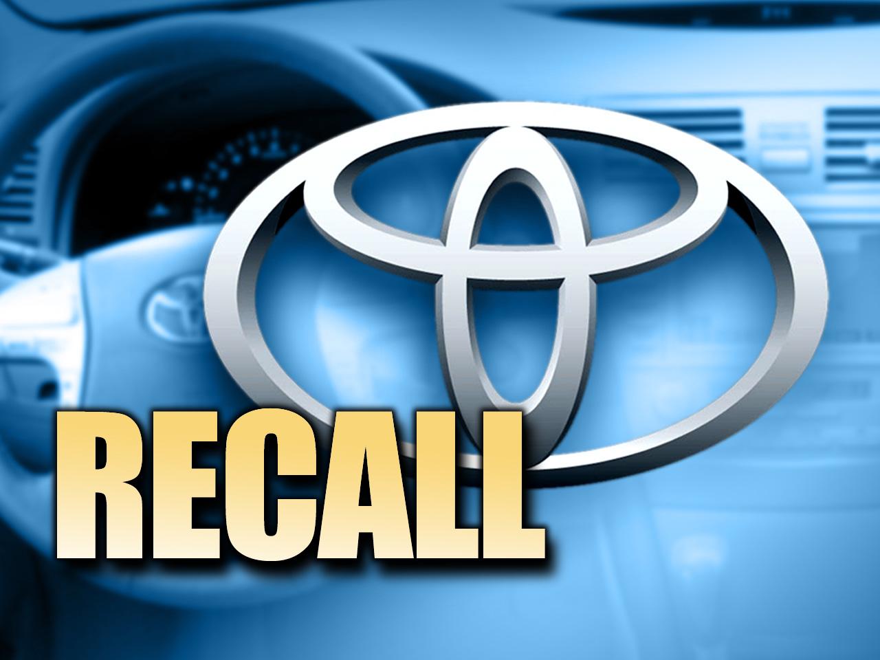 Több mint kétszázezer autót hív vissza a Toyota