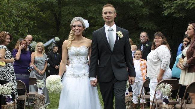 597826-wedding