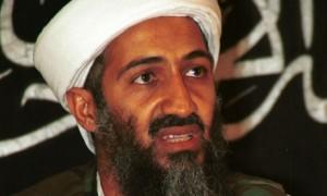 Osama-bin-Laden-in-1998-005
