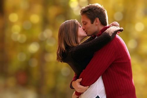 labrujita-labrujita-Paare-3-12-10-kiss-Love-Romance-Love-lc-tndr-romance-amore-Parejas-wave-pics-album-n°1-Couples-roma