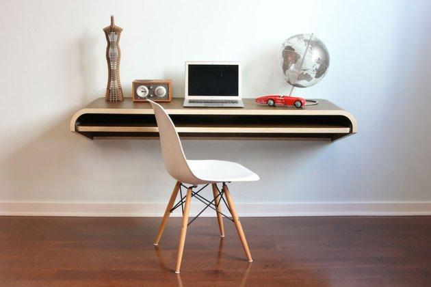 minimal-float-wall-desk-from-orange-22-1-thumb-630x420-24289 (1)