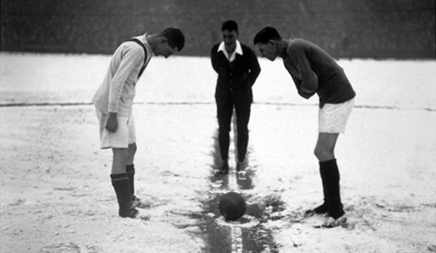 Csak aztán meg ne fázzanak a fiúk! (Forrás: derbyleaguesoccer.com)
