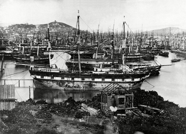 Abandoned vessels in San Francisco Bay, 1850