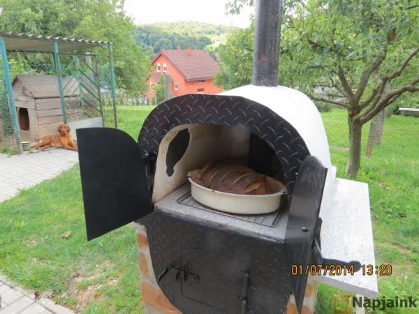 Elkészült a friss ropogós kenyér