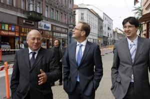 Zsiga Marcell; Navracsics Tibor; Kriza Ákos;