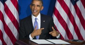 141017-obama_credit_card-1241_2c03e8c69401485e97d9df79a2ee5264