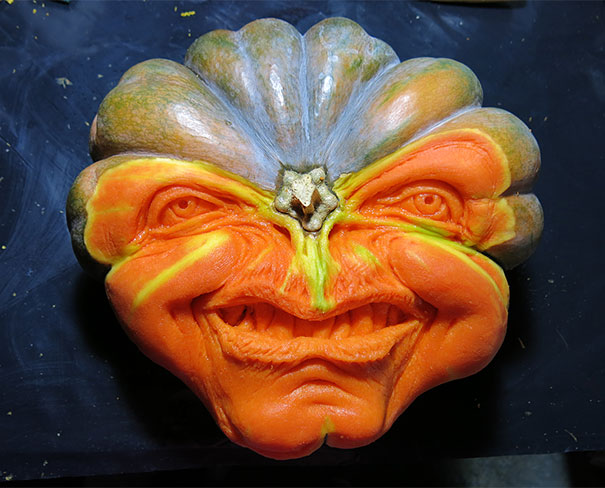 creepy-pumpkin-carvings-jon-neill-1