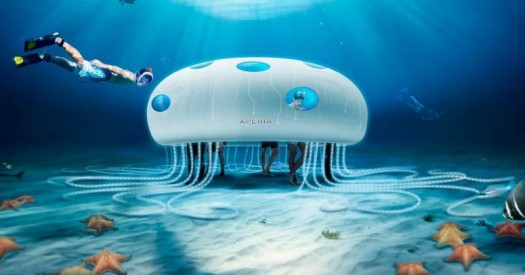 sony xperia bolt a víz alatt 1. jpg