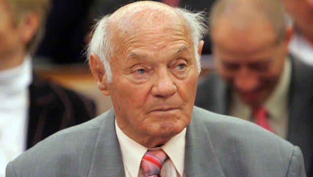 Buzánszky Jenő
