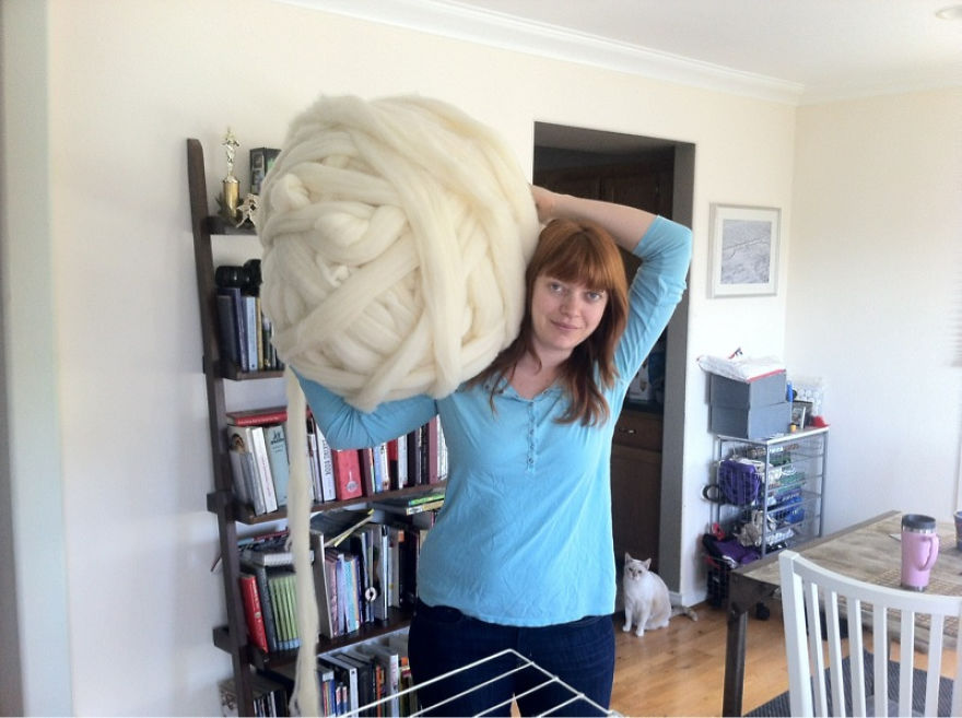 No-Im-not-Thumbelina.-I-just-knit-with-GIANT-needles-and-yarn.1__880
