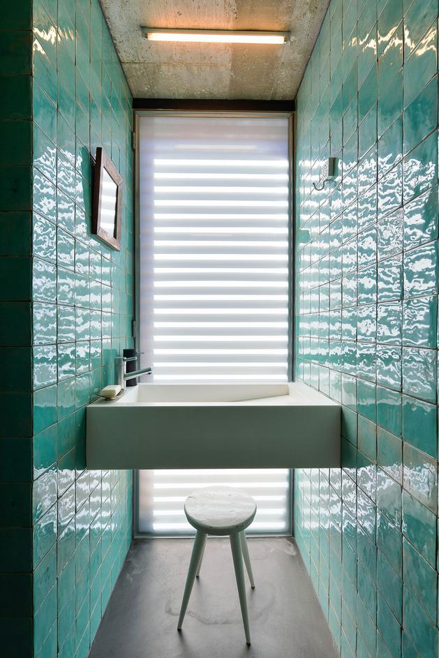 seafoam-reflective-tile-1-thumb-autox943-52611