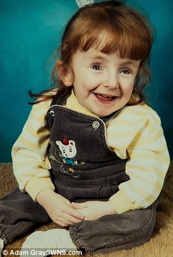 Rebecca Dinsdale1