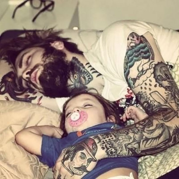 tattooed-parents-26__605