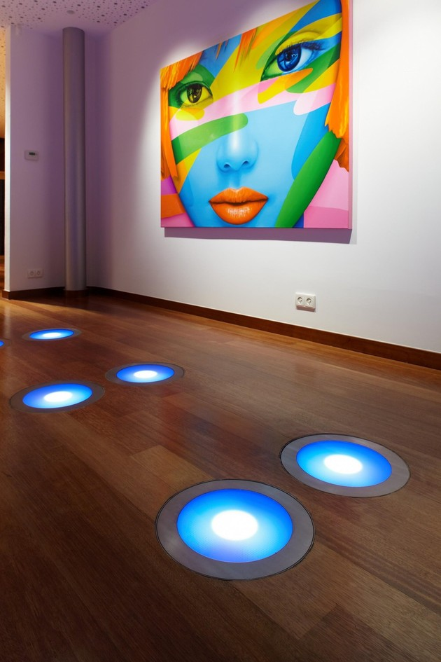 ultramodern-house-with-vibrant-lighting-design-focus-10-floor-lights-thumb-autox945-45234