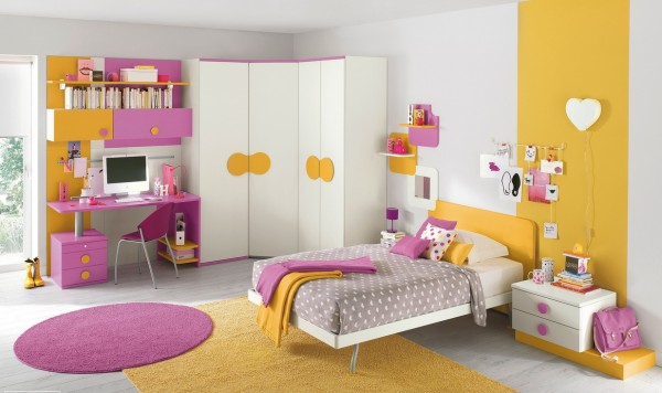 14-Pink-yellow-girls-bedroom-600x356