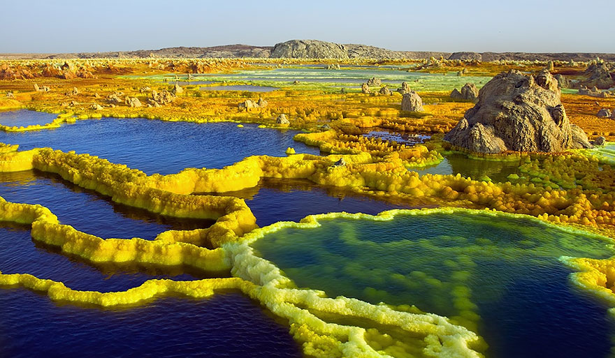 alien-places-look-like-other-worlds-15-1__880