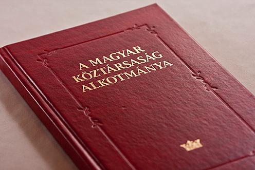 alkotmány