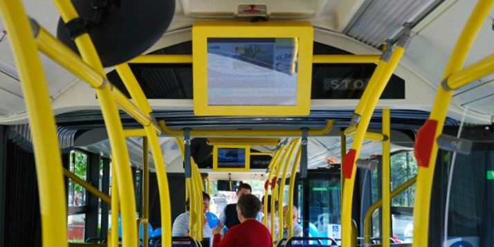 busz_3-714x357
