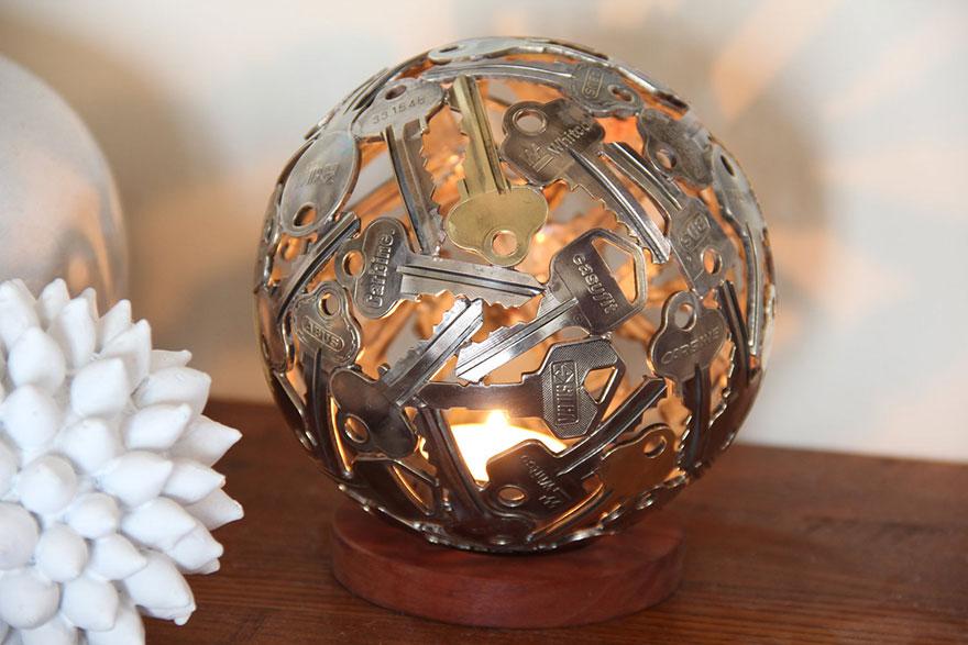 recycled-metal-sculptures-key-coin-michael-moerkey-11