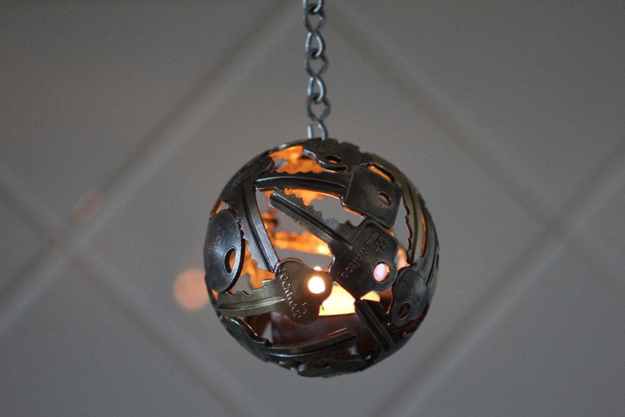 recycled-metal-sculptures-key-coin-michael-moerkey-5