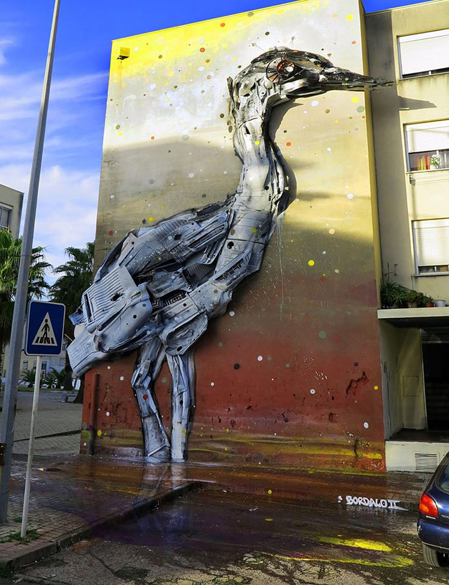 recycled-sculptures-street-art-big-trash-animals-artur-bordalo-4