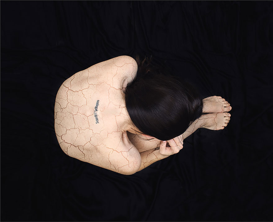 surreal-anxiety-portraits-my-anxious-heart-katie-crawford-11__880