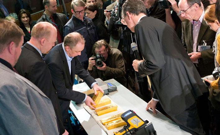 2015-ben Németország összesen 120 tonna aranyat szállított haza Franciaországból és a Fed-től