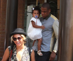 1389324125_jay_z_beyonce_blue_ivy_yeezy_sneakers_upscalehype_c_59