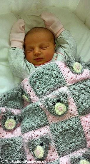 2970F90C00000578-3115076-Baby_Hallie_was_born_on_Wednesday_last_week_after_Mrs_Radford_we-a-51_1433806303280