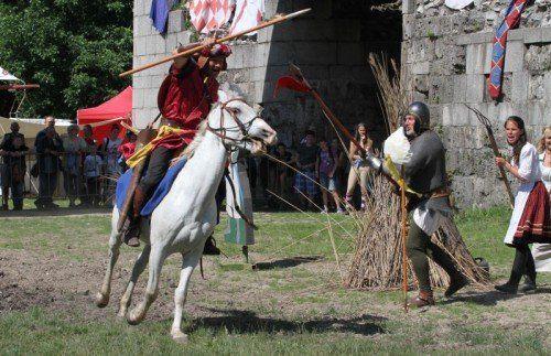 A jelenlegi várárokban lovasrendezvényeket szoktak tartani
