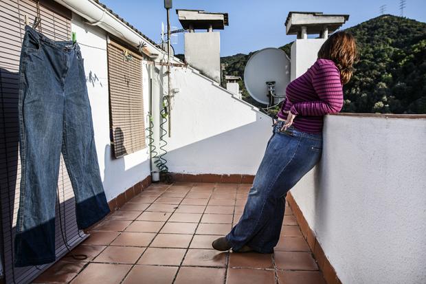 Barcelona, Spain - May 2012 A week before the surgery during a relaxing moment for Sandra on the terrace of her house. Barcellona, Spagna - Maggio 2012 A una settimana dall'operazione, un momento di relax per sandra nella terrazza di casa sua.
