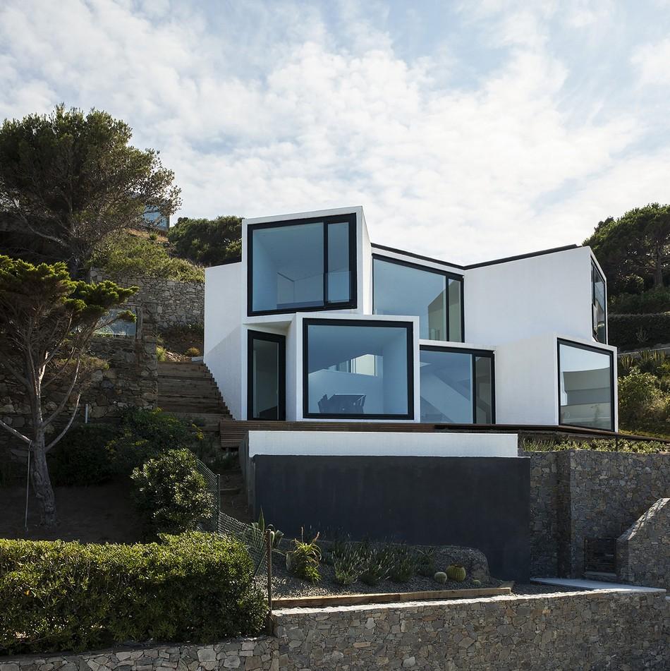 exterior-modern-residence (1)