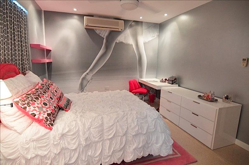 teen-dancer-mural-room
