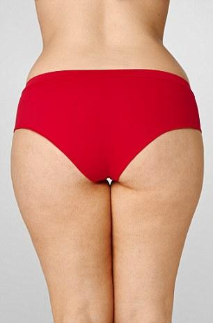 2A8C087800000578-3162839-Boyish_belle_Eliza_says_this_bikini_is_the_perfect_optical_illus-a-28_1437014534325