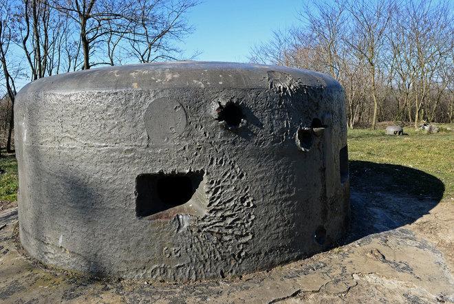 A fiatalember egy ilyen bunkertől sokkal pazarabbat épített az ő igényei szerint