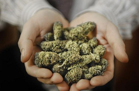 Adebayor-marihuána