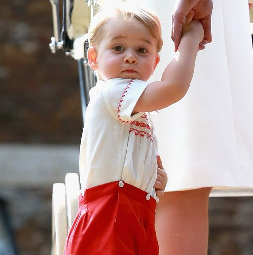 Prince-George-of-Cambridge-arrives-at-the-Church-of-St-Mary-Magdalene-on-the-Sandringham-Estate