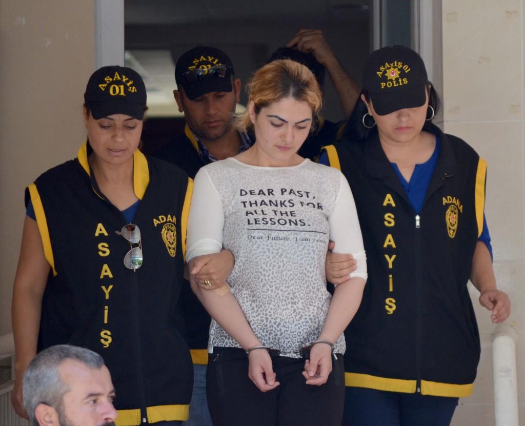 Adana'da esi 33 yasindaki Hasan Karabulut'u yatak odasinda tabancayla olduren 28 yasindaki Cilem Dogan, cinayeti namusu icin isledigini belirtti