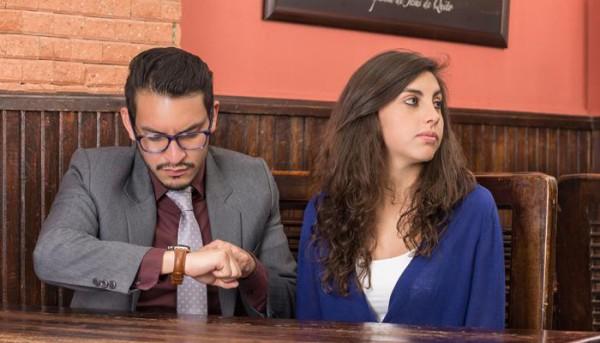 előnye és hátránya a randevúk oldalain