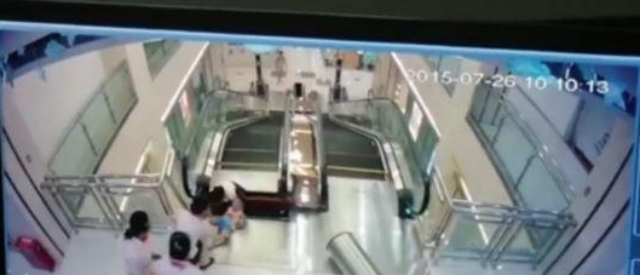 escalator-stuck-2
