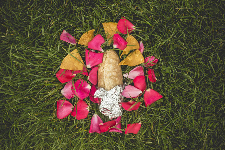 man-takes-romantic-engagement-photos-with-a-burrito-david-sikorsky-kristina-bakrevski-san-francisco-13